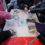 On se fait la main - découverte des textures d'un sol, une expérience sensorielle