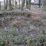 Le bassin rond encombré